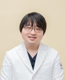 小林 芳邦 診療助手
